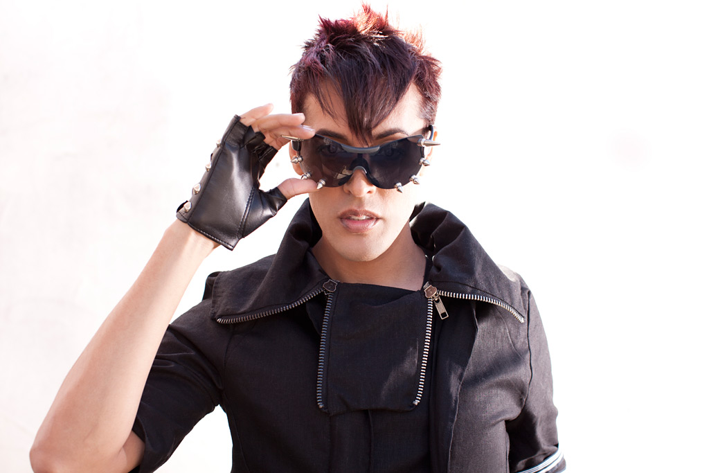 Dario rocking spiked sunglasses and fingerless leather gloves